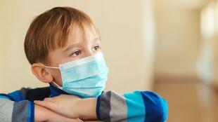 Na blisko dwa tysiące zakażonych dzieci, ponad jedna trzecia nie miała objawów